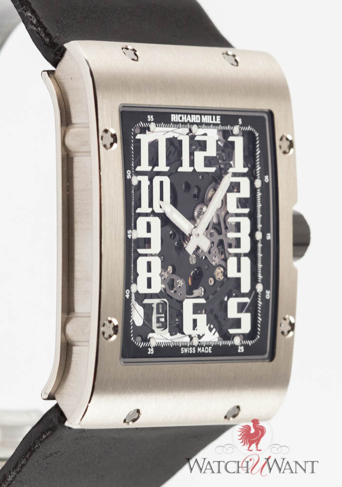 Richard Mille RM 016 Automatic Extra Flat: Like a Second Skin. In Titanium.