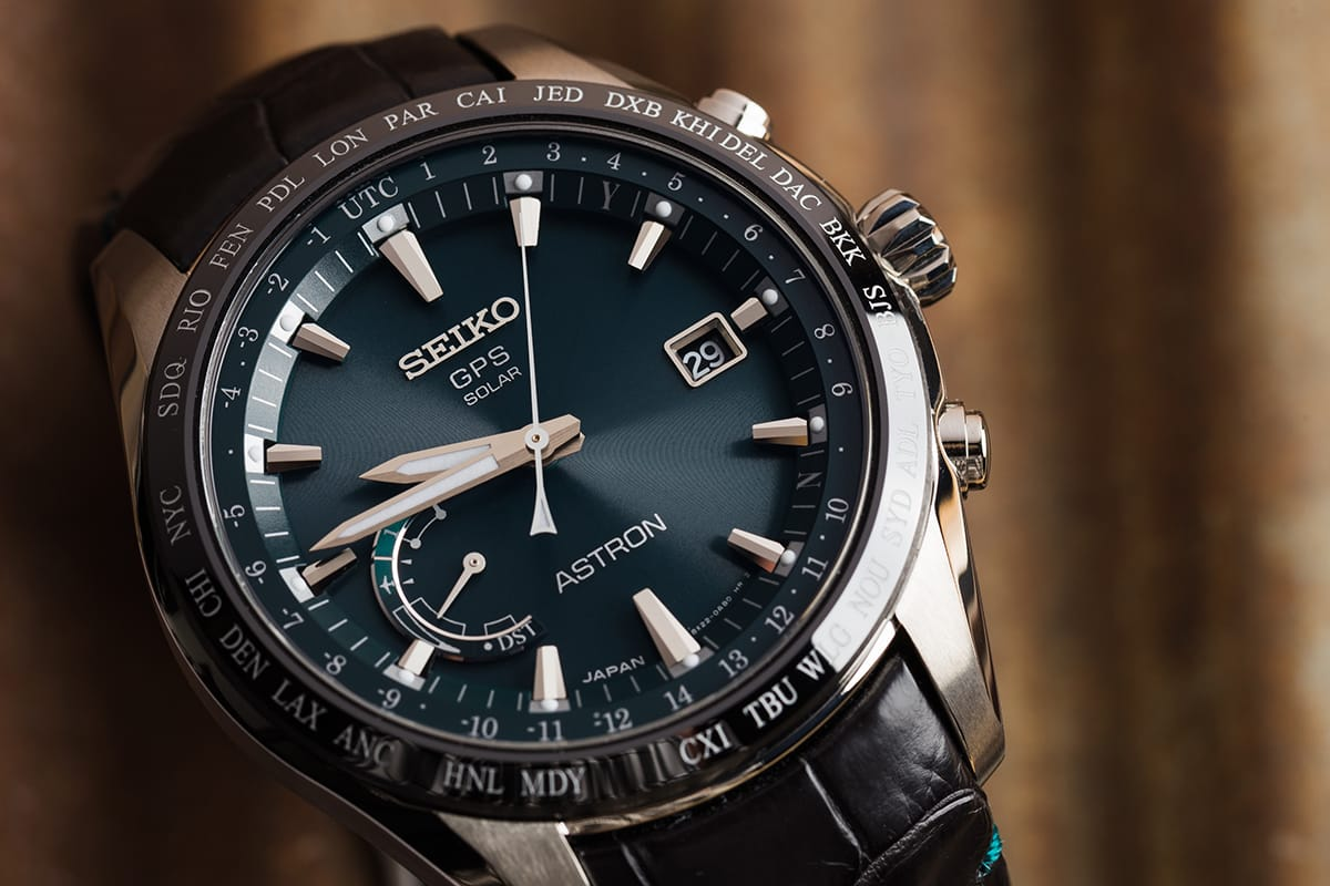 Seiko watch with green dial